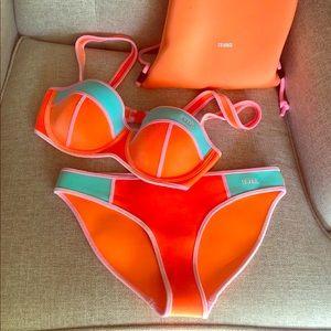 Triangl Orange velvet bikini + matching bag🧡